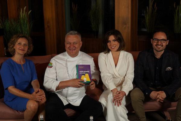 książka gościnność od kuchni